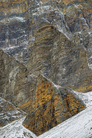 Rocky Palisade, Consolation Lakes Trail, Banff National Park, Alberta